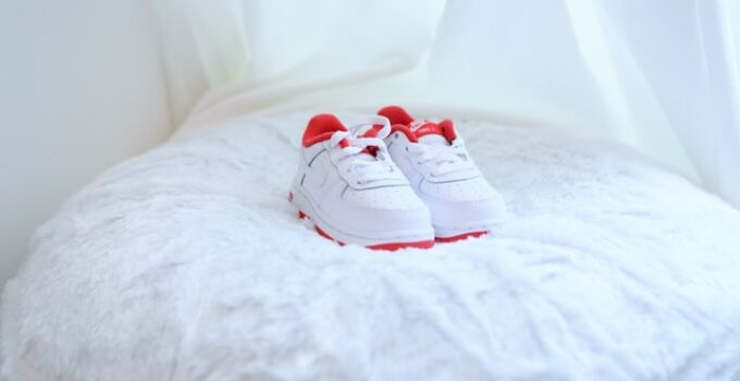 best shoes for babies with fat feet