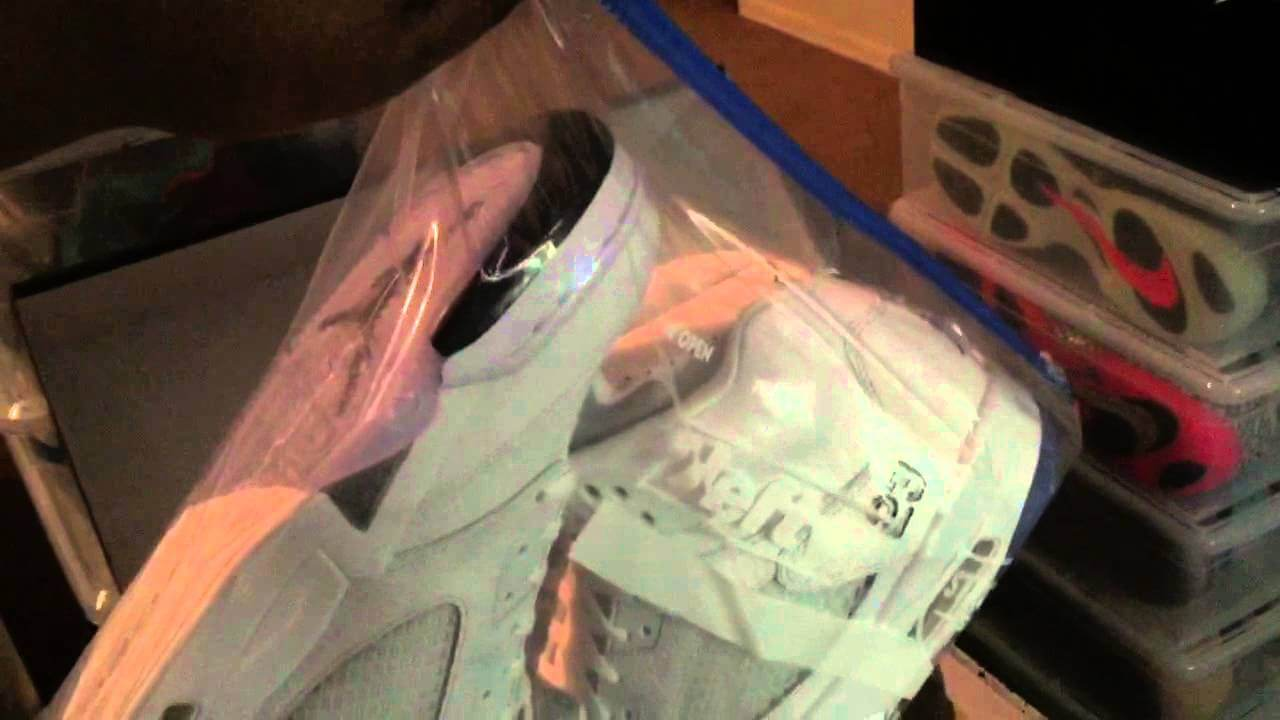Can You Store Shoes in Plastic Bags?