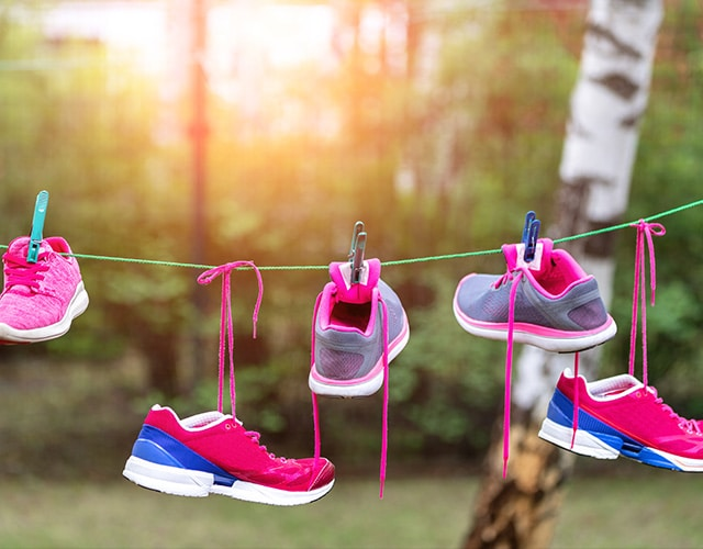 drying shoes