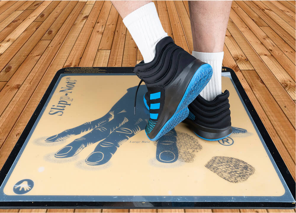 Footing on sticky mats