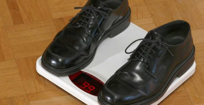 How Much Do Shoes Weigh