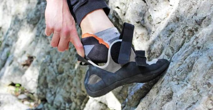 Why climbers should not wear socks